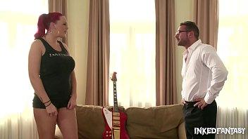 Беременная наездница выполняет любительское порно клипы на память