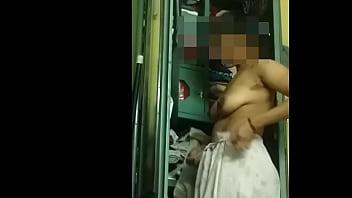 Реальный секс с очаровательной брюнеткой