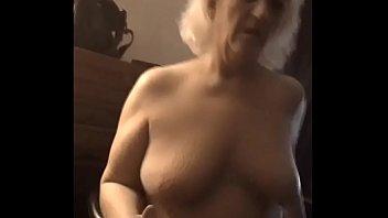 Бальзаковская бизнес дама порется с мойщиком офисных окон