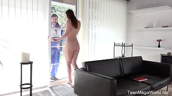 Секс на порно отборе рыжеволосой кокетки с самцом с здоровым пенисом